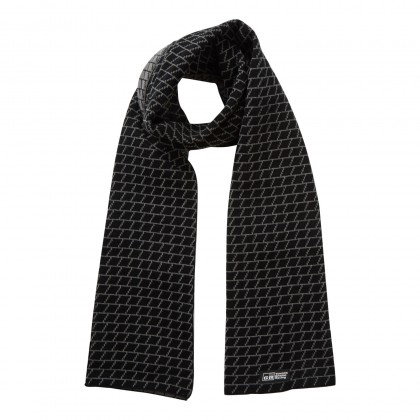 TGR 19 Knitted scarf